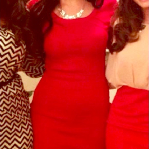 Kardashian Kollection Dresses & Skirts - Red fitted dress